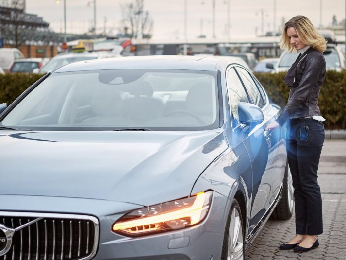 volvo-said-it-will-offer-a-commercial-vehicle-that-wont-have-a-key-instead-the-key-is-the-drivers-smartphone-app
